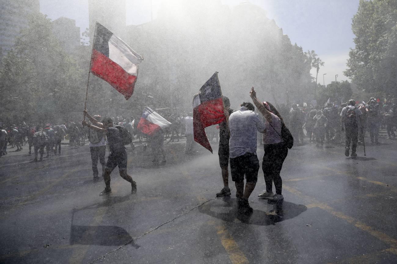 El «reventón social» en Chile  Una mirada histórica