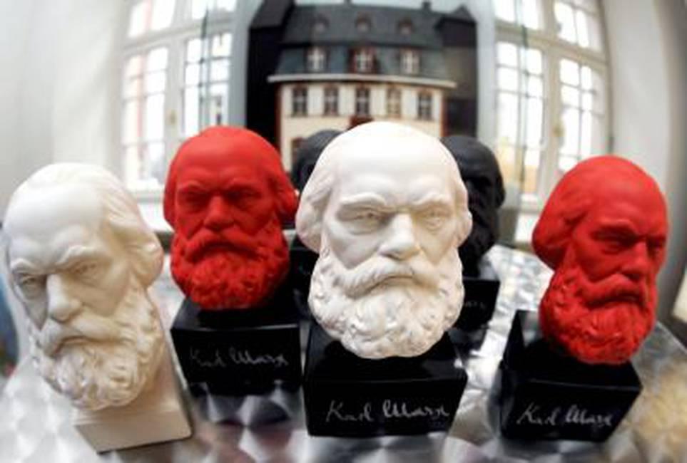 Tres derroteros del marxismo: pseudociencia, historia, ontología