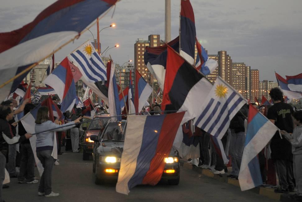 ¿Milagro en Uruguay?  Apuntes sobre los gobiernos del Frente Amplio