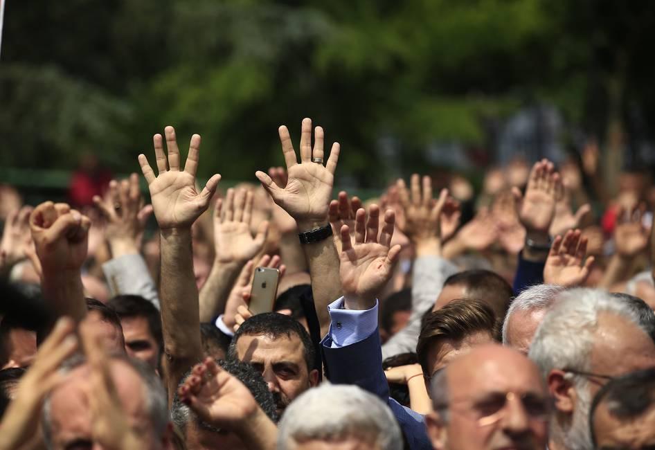 La oposición envalentonada de Turquía