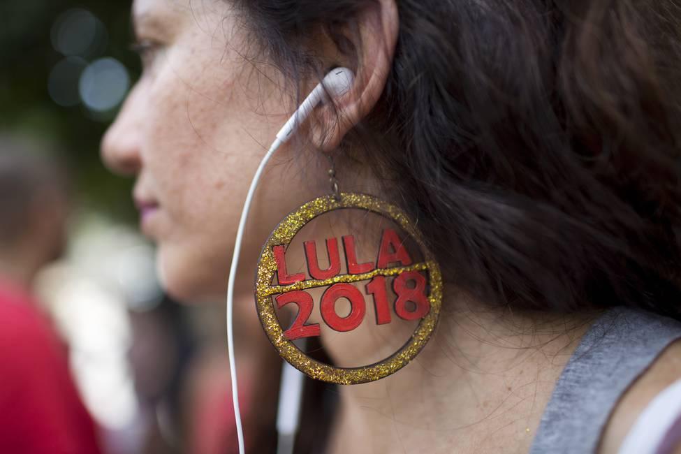 Disparen contra Lula