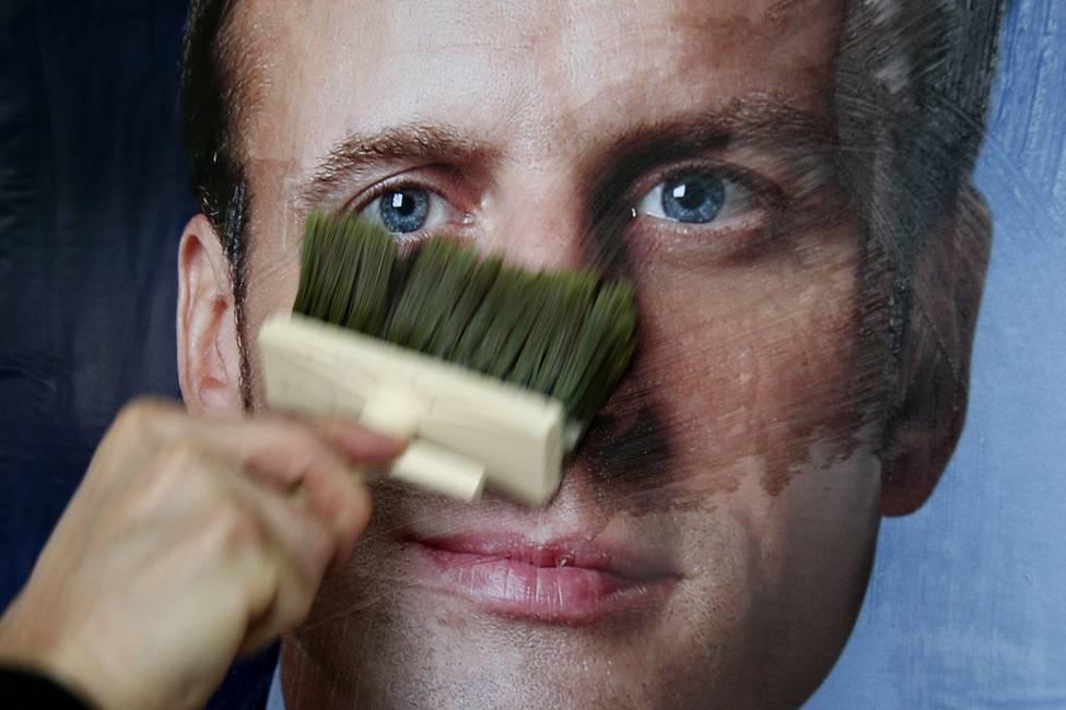 La izquierda francesa en tiempos de Macron  Entrevista a Enric Bonet