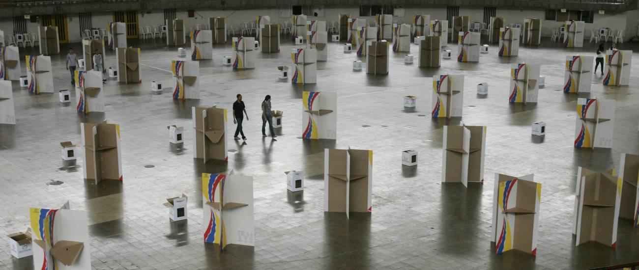 Votando legisladores, mirando a la presidencia  ¿Qué sucedió en las elecciones legislativas colombianas?