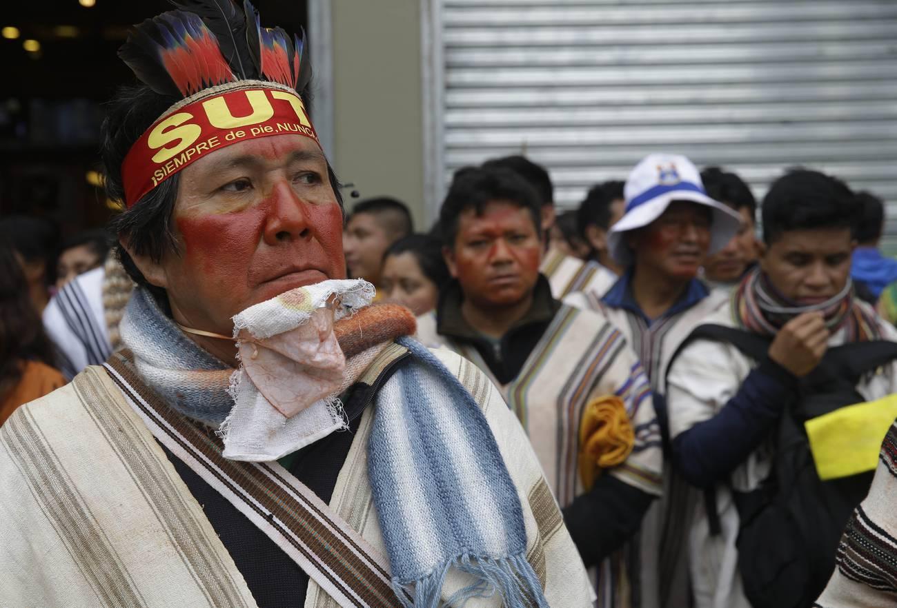 Perú: entre la huelga de maestros y la crisis del relato oficial
