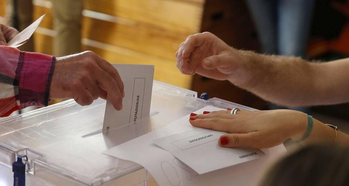 Partidos políticos: exerçam sua função normativa!