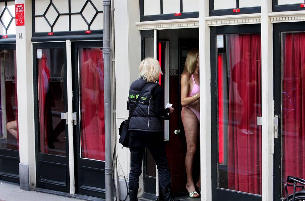 La prostitución: debates políticos y éticos