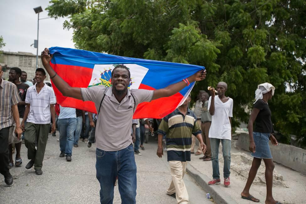 «En Haití hay un desmoronamiento de todos los aspectos de la vida social»  Entrevista a Arnold Antonin