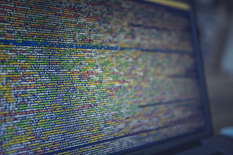 Cómo Rusia reclutó y formó a «batallones» de hackers