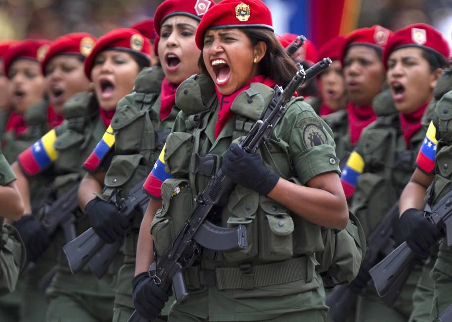 La larga marcha de las mujeres en las Fuerzas Armadas latinoamericanas