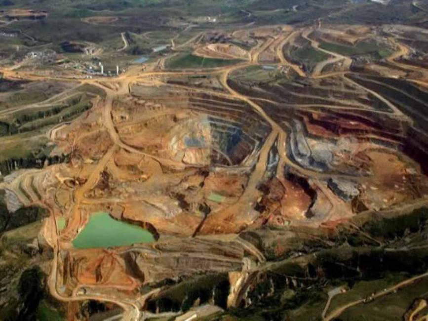 El Arco Minero del Orinoco  Diversificación del extractivismo y nuevos regímenes biopolíticos