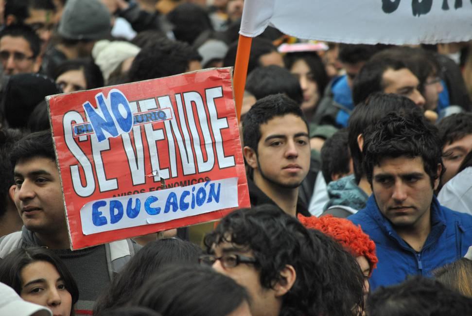 Guillermo Marín Vargas: «La centroizquierda chilena debe interpretar las demandas de la ciudadanía con un nuevo programa reformista»