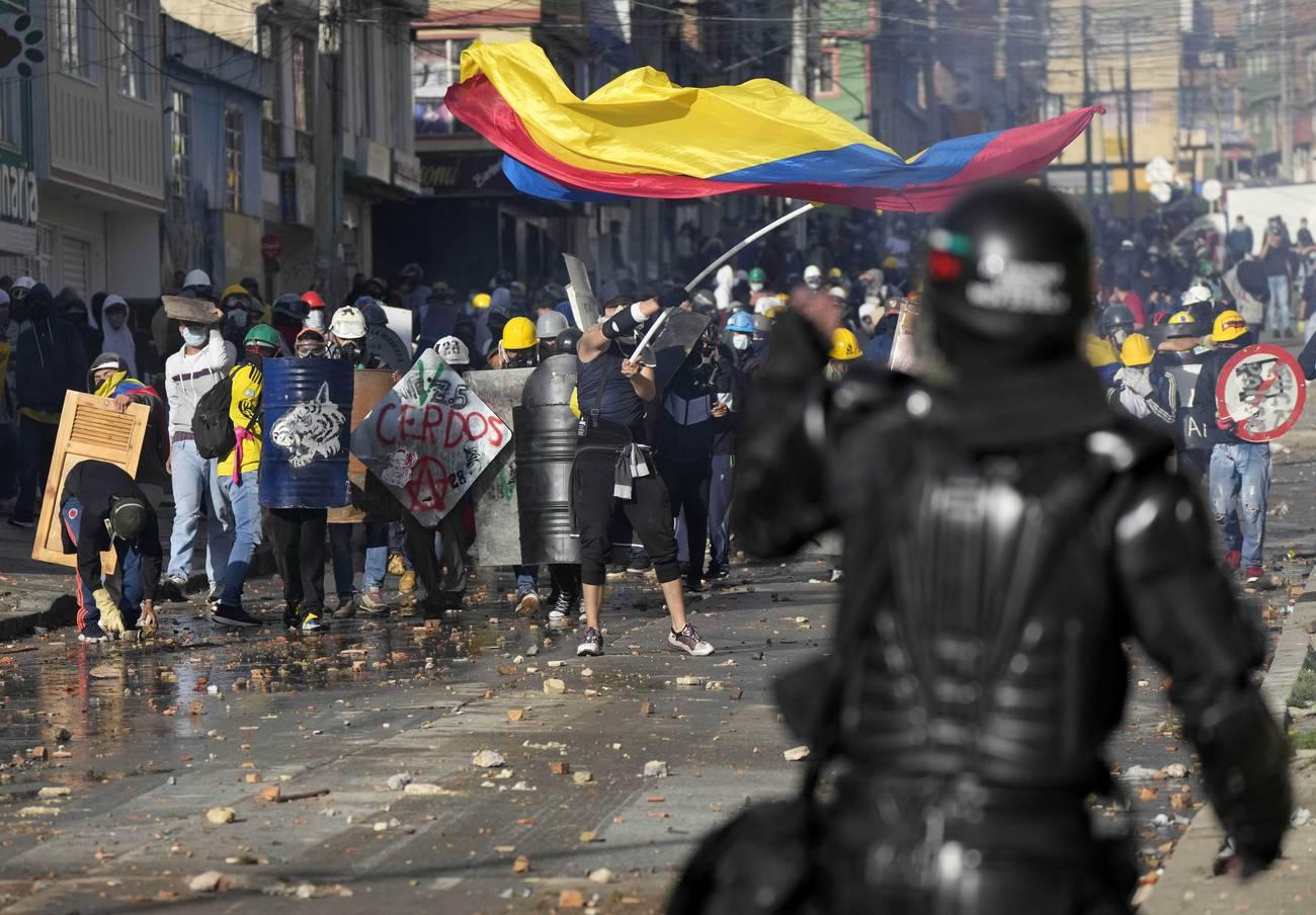 Colombia: sin agua para apagar el incendio