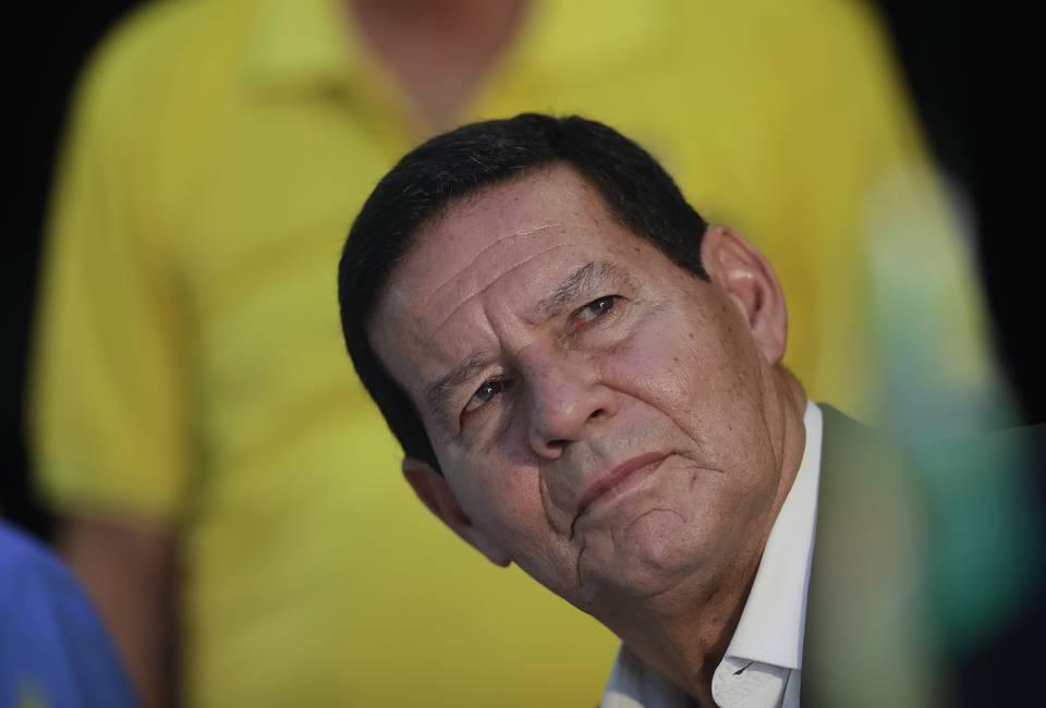 Mourão: el hombre que quiere ser Bolsonaro  Las ambiciones del vicepresidente de Brasil