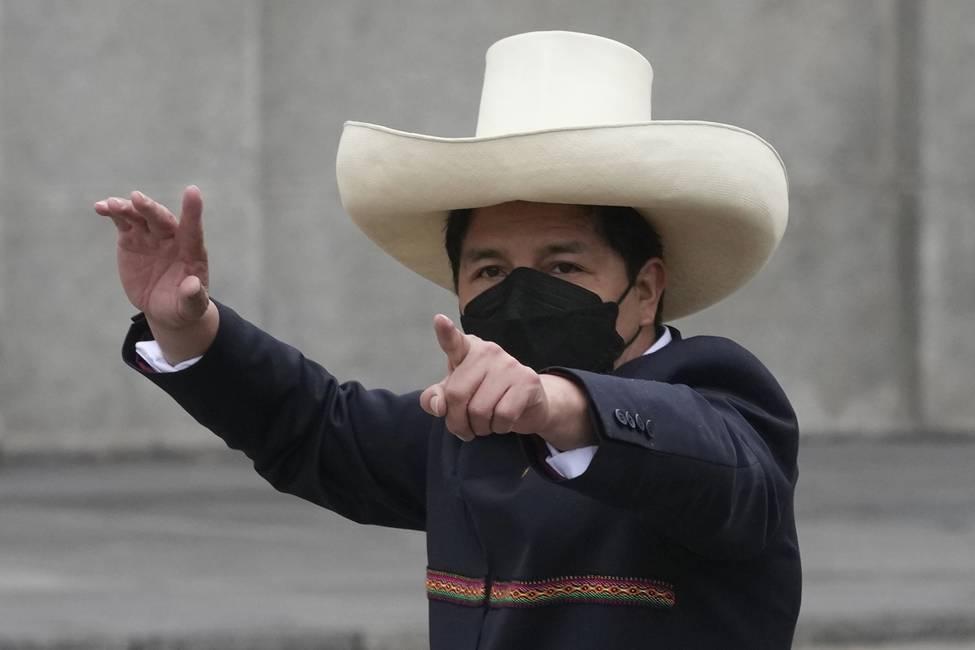 Pedro Castillo, sin paz en el palacio