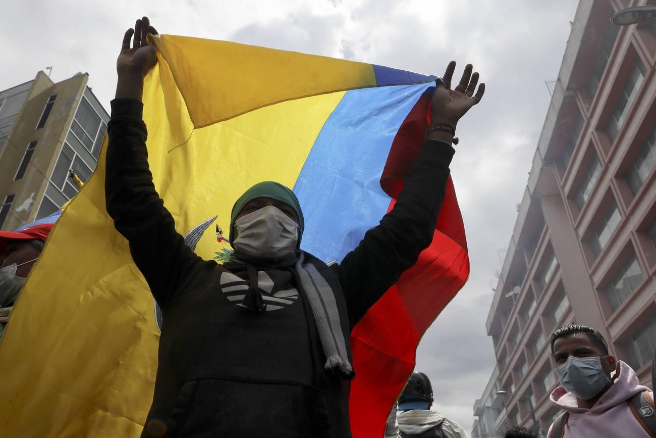 Las masas en octubre  Ecuador y las colisiones de clase