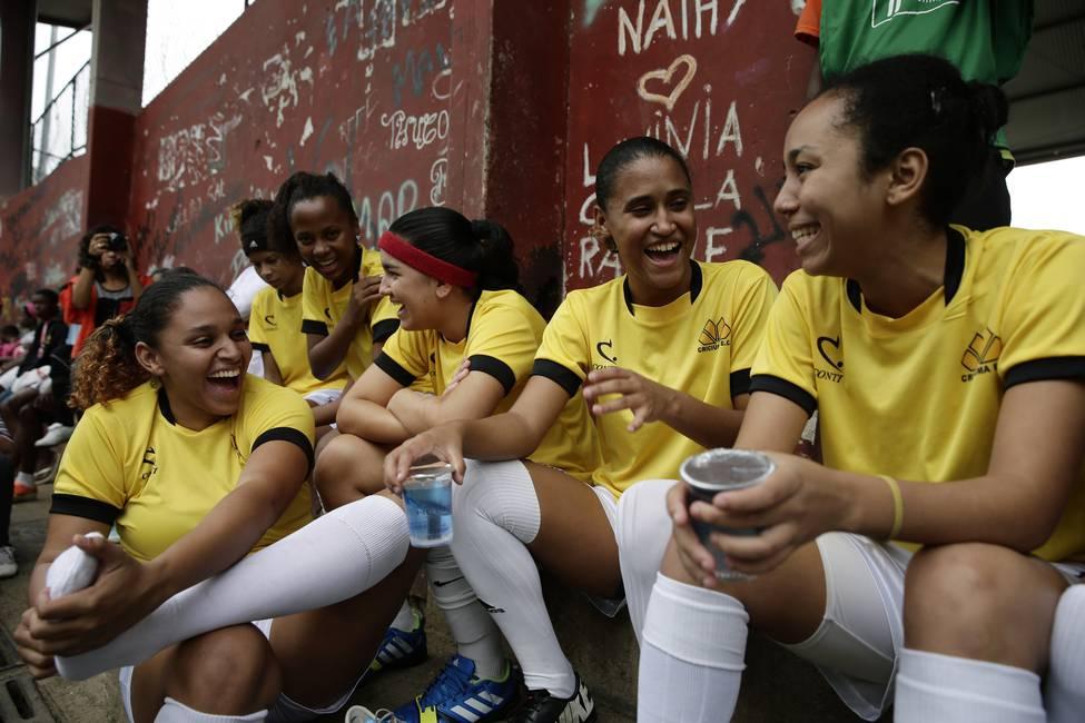 El invisible (y victorioso) fútbol practicado por mujeres en Brasil