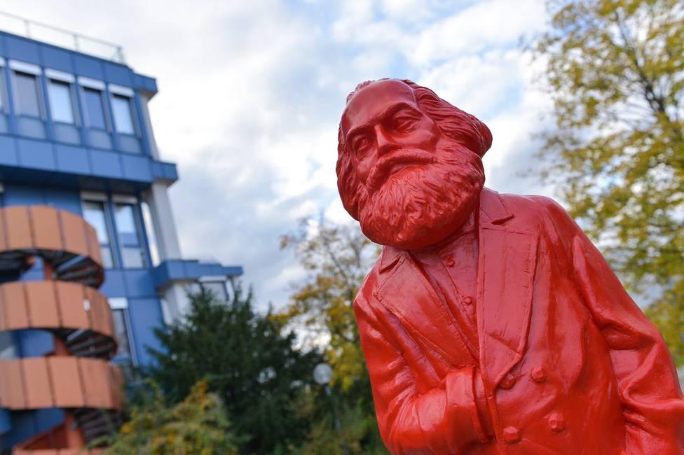 La ruptura epistemológica de Marx  Más allá de la «buena» y la «mala» economía política