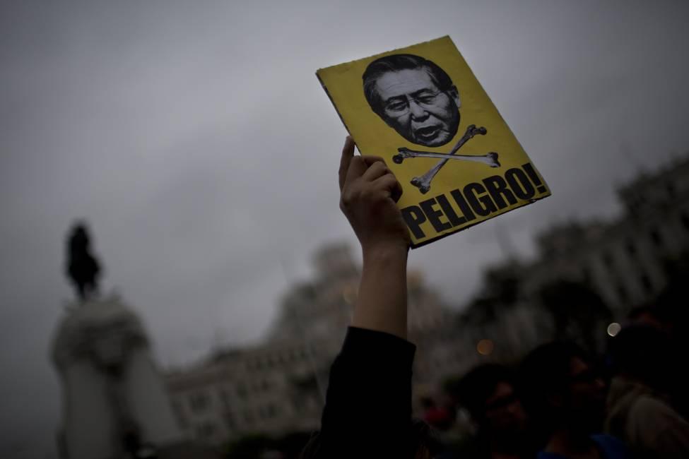 ¿Indulto a Fujimori?  Entre el papa, la crisis política y la «reconciliación nacional»