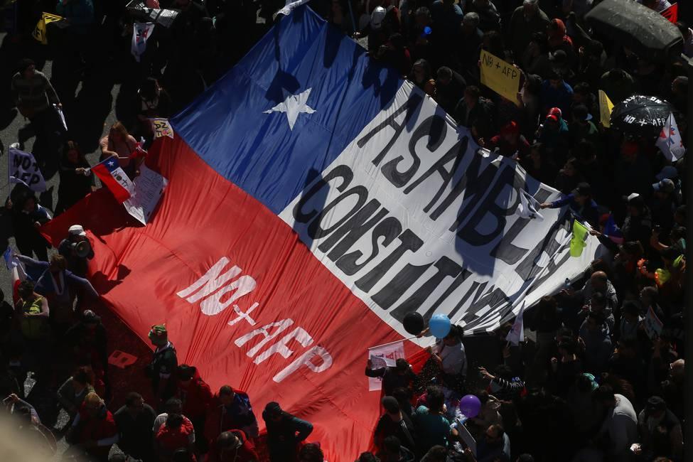 «La izquierda chilena vive una crisis. No hemos sido capaces de disciplinar el mercado y transitamos un fracaso político cultural»  Entrevista a Carlos Ominami