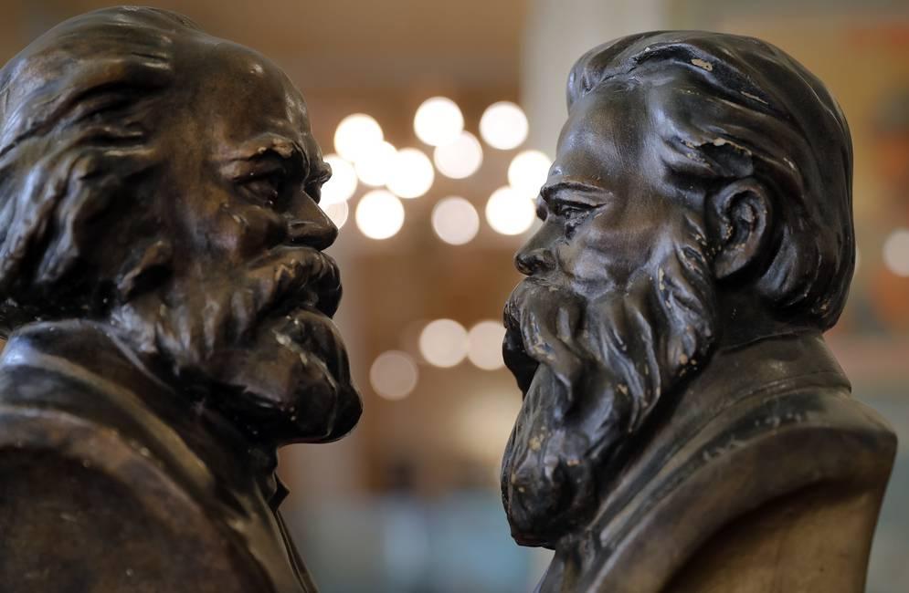 Marx, la historia y los historiadores  Una relación para reinventar