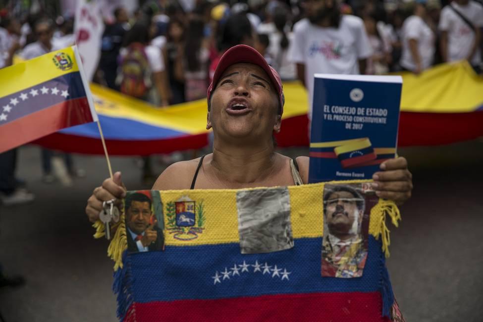 La feminización del chavismo  Las mujeres pobres como instrumentos de la política social