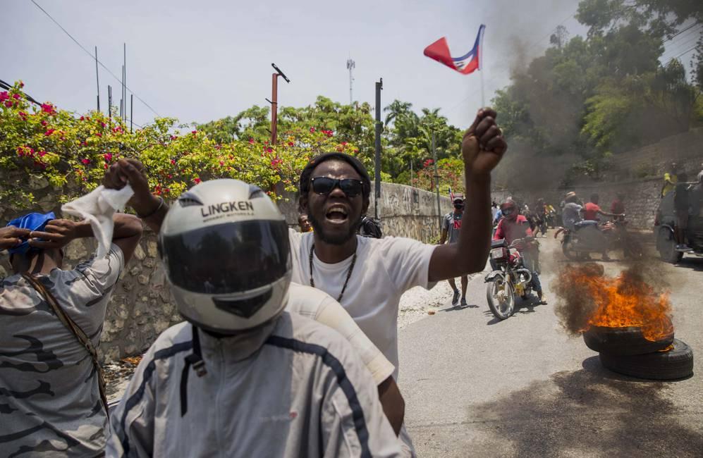 Haití: entre vientos de cambio y ruido de botas
